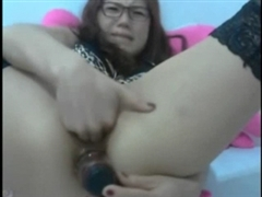 Asian Anal Webcam Video of Girl Fisting Her Ass